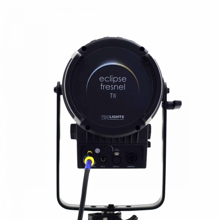 Bicolor-LED-lamp-fresnel-Arri-light-Amsterdam-west.jpg