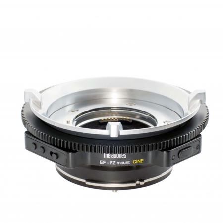 Metabones-EZ-to-EF-mount-EZ-to-EF-mount-Metabones-Sony-F5-mount-Smart-adapter-F5-to-Canon-mount-Huren-westerpark-studio-Amsterdam.jpg