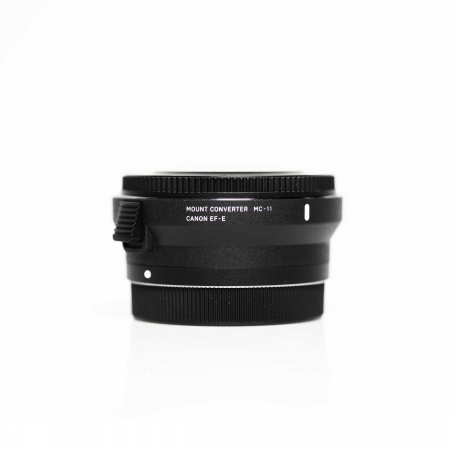 Sigma-MC-11-verhuur-canon-to-sony-mount-hire-Sigma-adapter-ef-e-mount-lense-adapter-Rent-mount.jpg